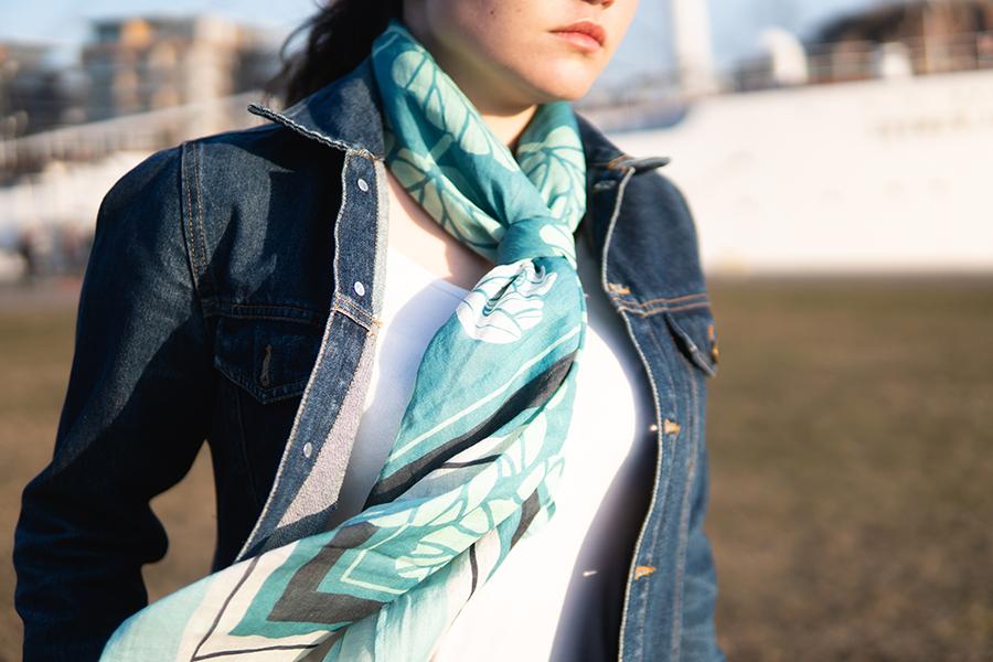 リンダのスカーフ