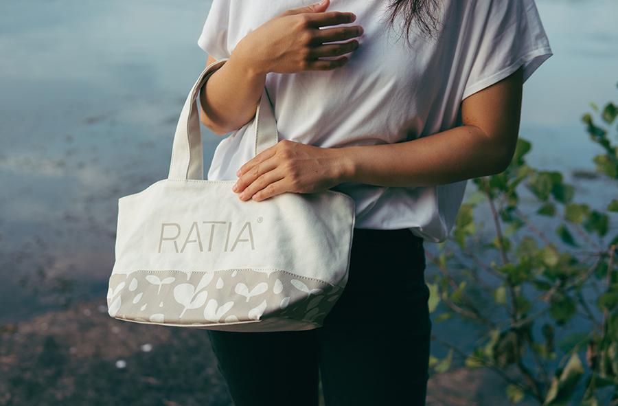 RATIA モデル写真