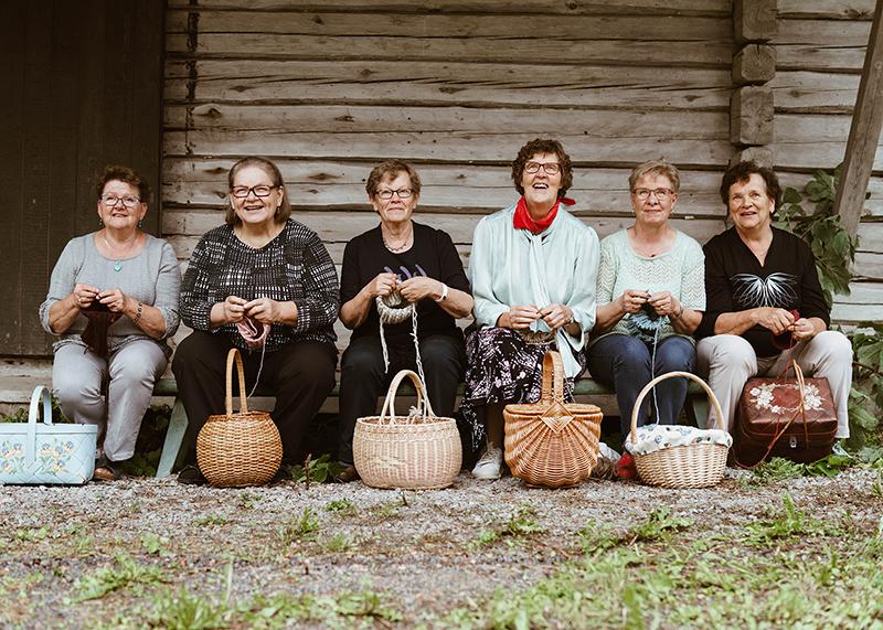 myssyfarmi おばあちゃんの手編みのニット帽