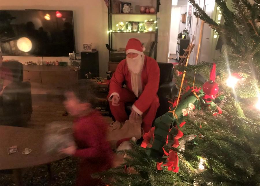 スウェーデンクリスマスプレゼント