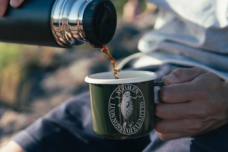 琺瑯マグカップ「アザラシロゴ」フィンランド