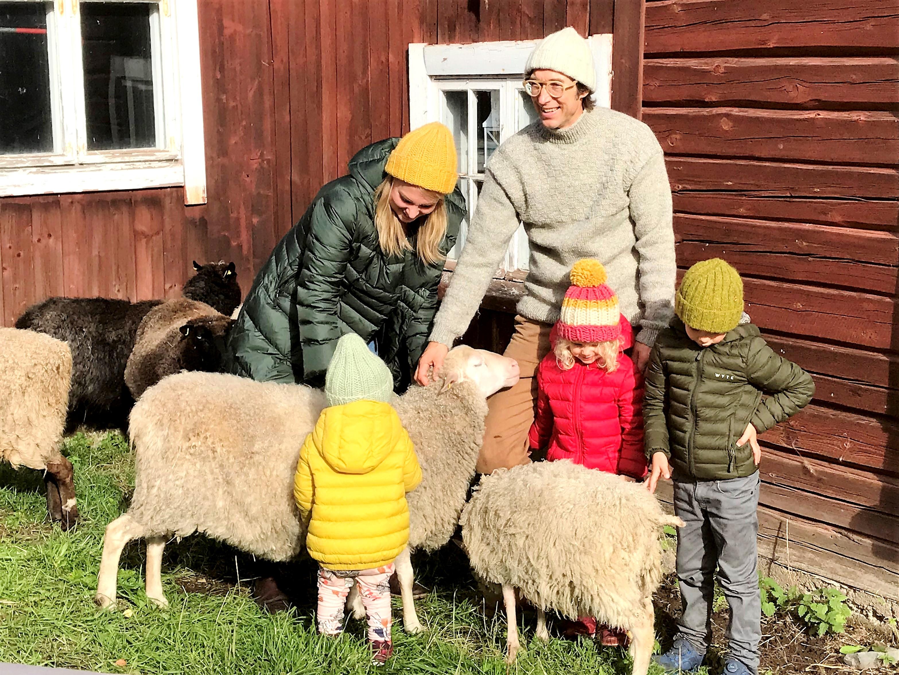 農場やヤンネとアンナのイメージ写真