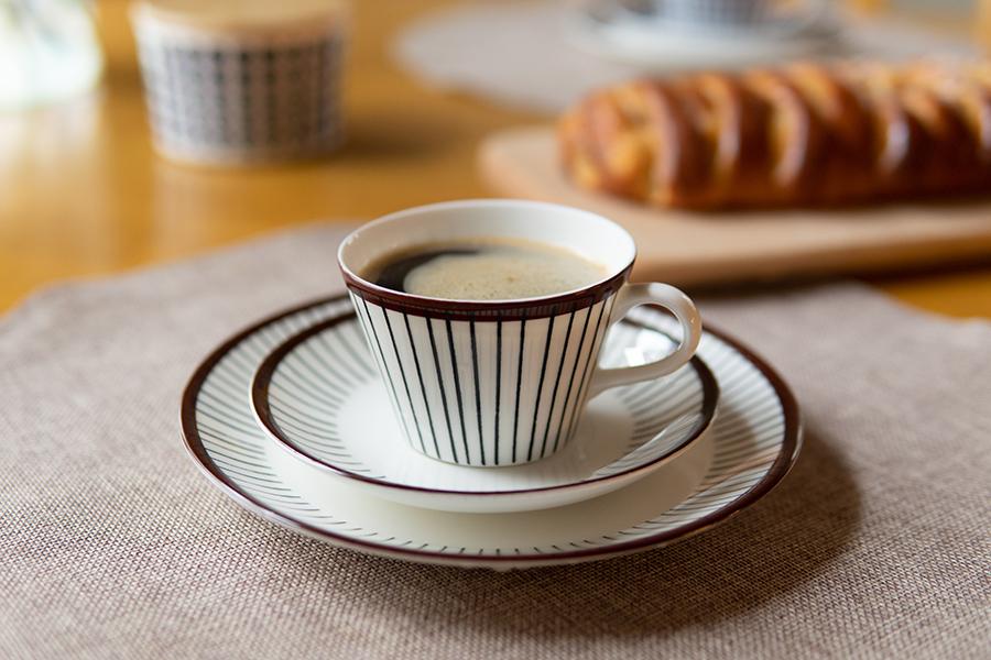 リブ コーヒーカップ&ソーサー